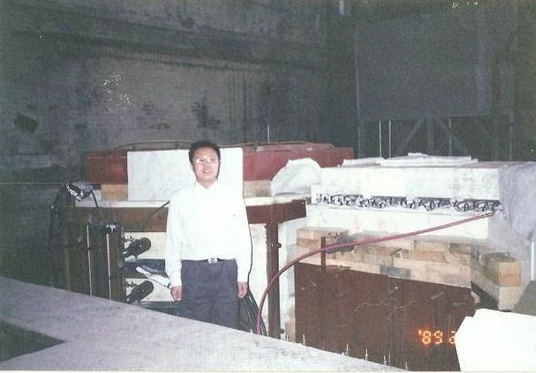 日产5.0吨的水晶竞博电竞官网电熔炉