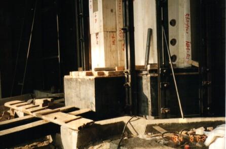 日产5.0吨的乳白竞博电竞官网电熔炉