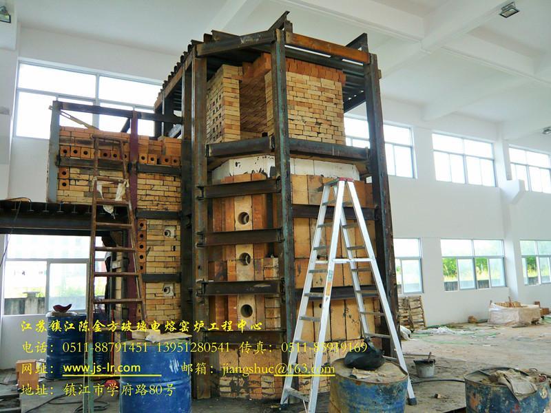 垃圾玻化电炉正在施工中